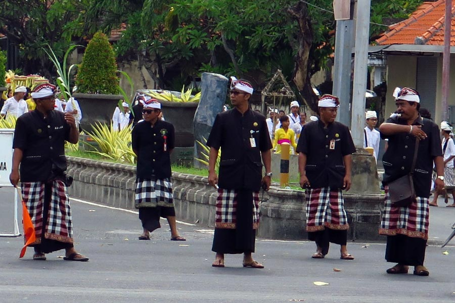 Balinese security pecalang